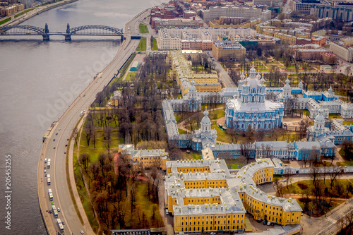 In de dag Historisch geb. Aerial view of the Smolny Cathedral bell tower, during a gorgeous sunny day located in the city of Saint-Petersburg