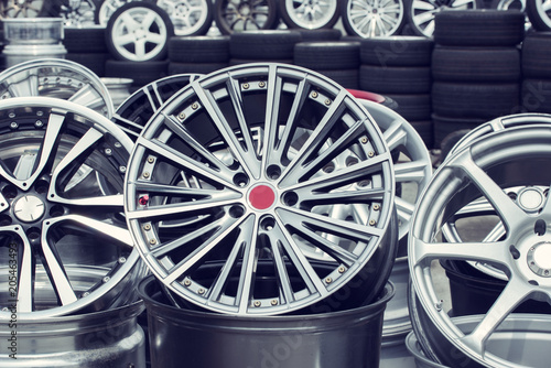 Fototapeta Wheel rims on showcase obraz