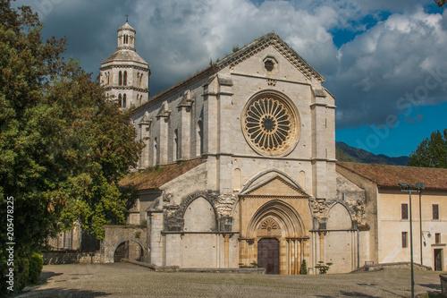Splendida vista dell'Abbazia di Fossanova nel comune di Priverno in Lazio Canvas Print