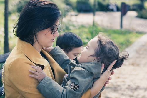 Fotografía  Loving mother and daughter.