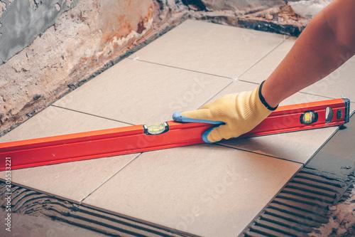 Tile checks the level of tiles laid on