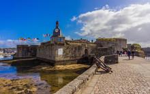 Bretagne Finistère Remparts La Ville Close De Concarneau - Brittany Finistère Remparts The Ville Close Of Concarneau