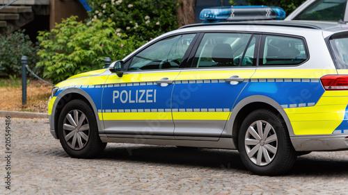 Deutsches Polizeiauto Auf Der Straße Polizei Ist Das Deutsche Wort