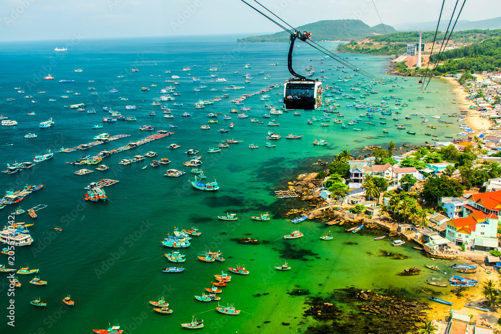 Fototapety, obrazy: The Longest Cable Car situated on the Phu Quoc Island in South Vietnam.