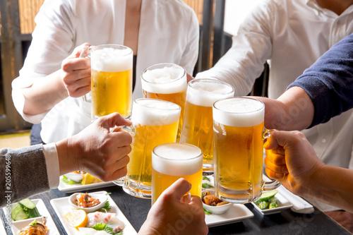 Foto op Aluminium Bier / Cider ビールで乾杯