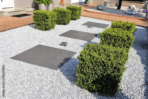 Papiers peints Jardin Modern front garden