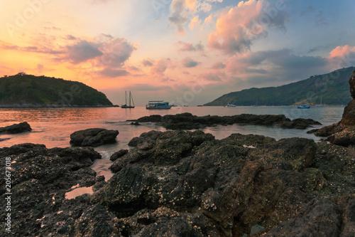 Papiers peints Cappuccino Tropical sunset at beach
