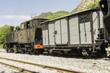 locomotive à vapeur et wagon