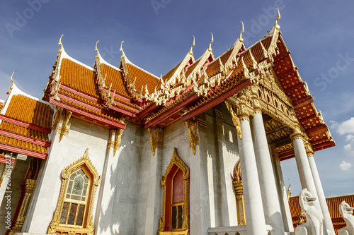 """Fotobehang Bedehuis Wat Benchamabophit (The Marble Temple)Often referred to as the """"marble temple"""" in guidebooks, this architectural gem features a magnificent Buddha image, which is a copy of the highly revered Phra Bud"""