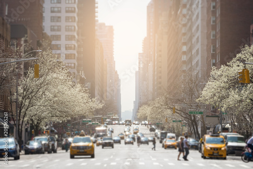 Fond de hotte en verre imprimé New York City View down 3rd Avenue in the Upper East Side New York City