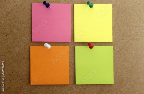 Hojas de papel cuadrada de color rosa, amarilla, y naranja Canvas Print