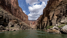 Colorado River Runs Through Gr...