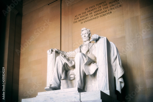 Fotografiet  Statue of Abraham Lincoln, Lincoln Memorial, Washington DC