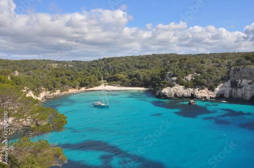Photographie Türkises Meer in Bucht auf spanischer Insel Menorca, Balearen