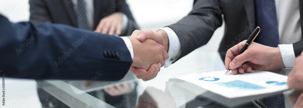 Fototapeta close up.handshake of business partners