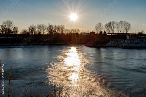 tramonto sul fiume Canvas Print