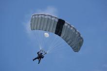 Parachutiste Des Forces Spéci...