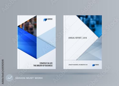 Fotografía  Brochure design triangles template