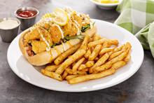 Shrimp Po Boy Sandwich With Fr...