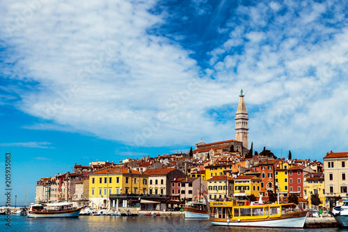 Poster Oost Europa The beautiful town of Rovinj in a sunny day, Istra, Adriatic Coast, Croatia.
