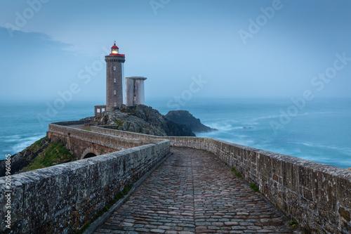 Foto op Plexiglas Vuurtoren Le Petit Minou lighthouse near Brest city, Bretagne, France