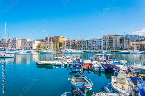 In de dag Palermo Marina in Palermo, Sicily, Italy