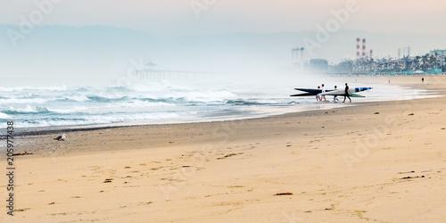 Obraz na plátně Early morning sea kayakers