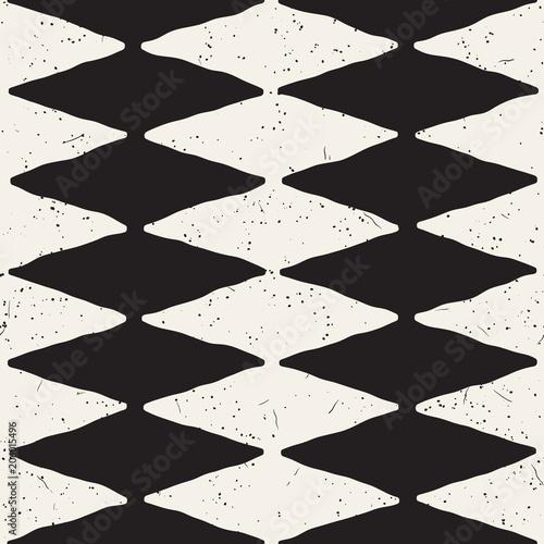 recznie-rysowane-streszczenie-wzor-w-czerni-i-bieli-retro-grunge-odreczne-postrzepione-linie-tekstury
