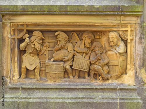 Fotografia  Relief gnomes butchers