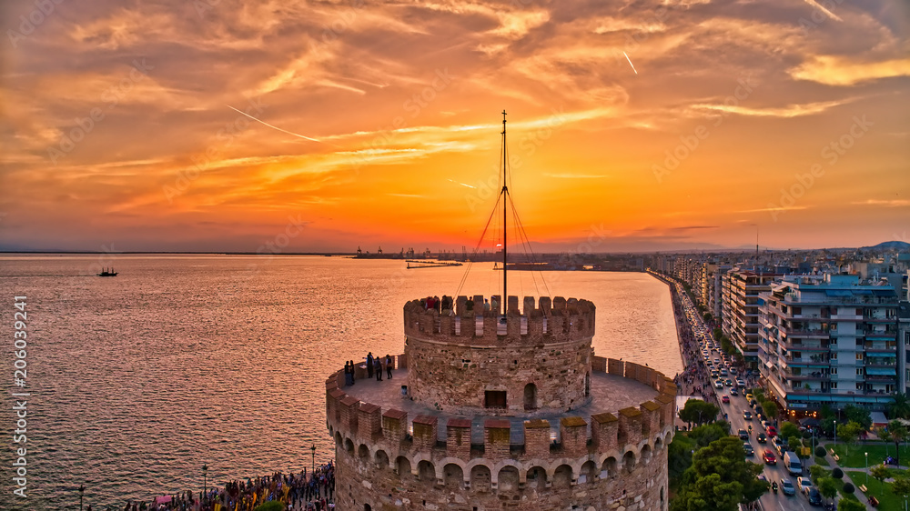 Fototapeta Aerial view of famous White Tower of Thessaloniki at sunset, Greece.