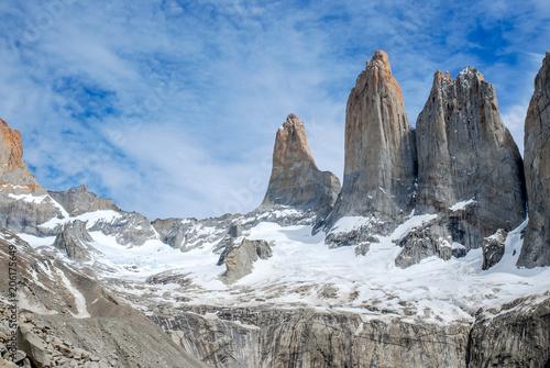 "Fotografie, Obraz  The three ""teeth"" of Torres del Paine"