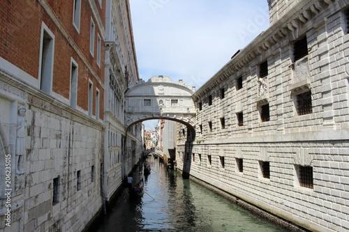 Fotobehang Mediterraans Europa Stadtansichten von Venedig.