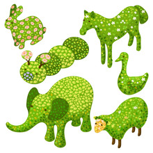 Isometric Set Of Decorative Bushes In Forms Of Animals. Topiary Vector  Illustration.