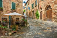 Beautiful Alley In Montepulcia...