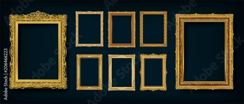 Stampa su Tela  Set of Decorative vintage frames and borders set,Gold photo frame with corner Thailand line floral for picture, Vector design decoration pattern style