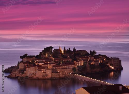 Photo Sveti Stefan island n sunset, Montenegro