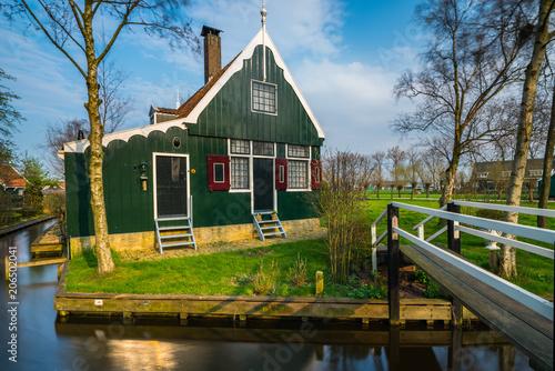 Plakat Zabytkowy dom w Zaanse Schans w Holandii