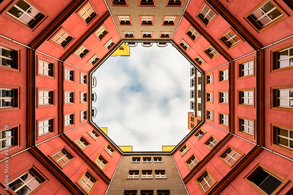Fototapety, obrazy: Inner Courtyard of Berlin appartment building