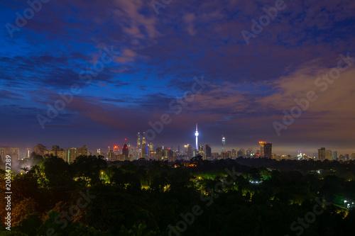 Fotobehang Kuala Lumpur Majestic sunrise over downtown Kuala Lumpur, Malaysia