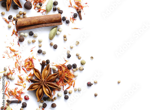 Cuadros en Lienzo background of various spices on a white background