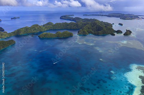 Staande foto Eiland Palau Ngeruktabel Island - World heritage site -