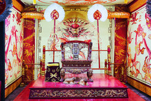 King Throne Chair In Ming Mang...