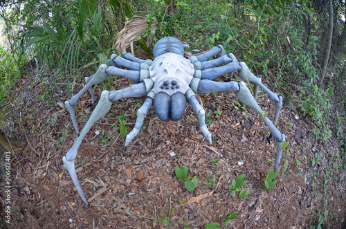 Photo Gigantic dinosaur era arachnid replica