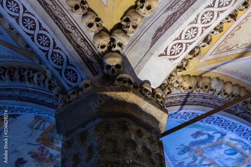 Papel de parede The Capela dos Ossos (Chapel of Bones) Church of St