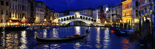 Poster Venise Rialto by night, Venice, Italy