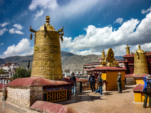 Fotografie, Obraz  The rooftop of the Jokhang Temple, Lhasa, Tibet