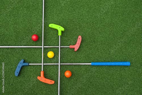 Deurstickers Golf Criss Cross of Mini Golf Clubs