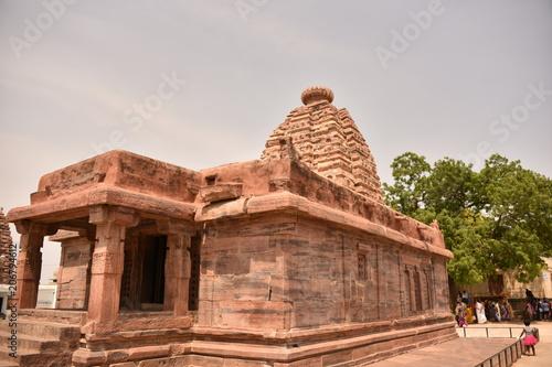 Fotobehang Bedehuis Chalukyan Hindu temples Navabrahma and Jogulamba temple, Alampur, Telengana, India