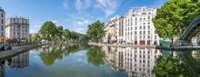 Quai De Valmy Und Kanal Saint-...