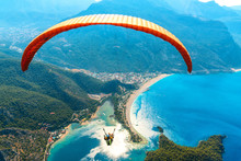 Paragliding In The Sky. Paragl...